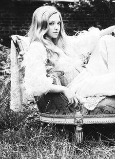 Amanda Seyfried - she is perfection.
