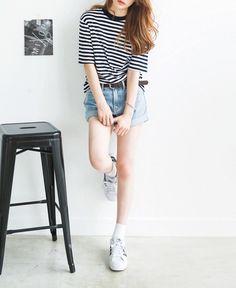 trxnh:  Striped Top // Cuffed Shorts