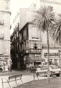 La Valencia desaparecida: Calle Corregería desde la plaza de la Reina. 1978.... Madrid, Alicante, Where To Go, Animal Crossing, Trip Planning, Street View, Europe, Explore, Plaza