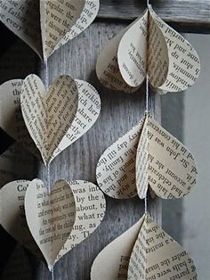 Paper Hearts | #hearts #paper #diy #decoration #garland