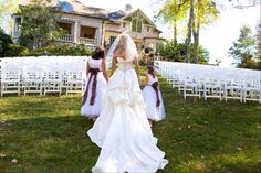 Flower girl wedding picture