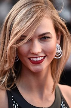 Karlie Kloss Makes Headline With Fit Body: Ex Victoria's Secret Angel Looks Away From Taylor Swift And Calvin Harris, Focuses On Relationship With Boyfriend Josh Kushner? Karlie Kloss, Taylor Swift And Calvin, Illinois, Cannes Film Festival 2015, Calvin Harris, Up Hairstyles, Looking For Women, Supermodels, Your Hair