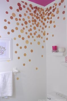 LOVE this bright and fun bathroom makeover - those are contact paper circles!