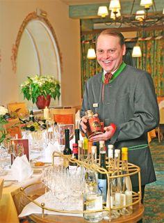 Erlesene Weine aus unserem Weinkeller Prepping, Restaurants, Style, Gourmet, Wine Cellars, Swag, Restaurant, Outfits, Prep Life