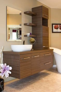 Washroom Design, Room Door Design, Door Design Interior, Kitchen Room Design, Bathroom Design Luxury, Home Room Design, Bathroom Layout, Modern Bathroom Design, Lavabo Design