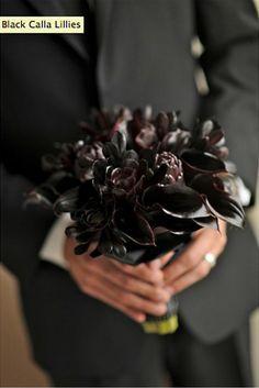 black bridal bouquet