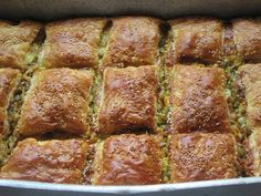 Cookbook Recipes, Kitchen Recipes, Cooking Recipes, Savory Muffins, Savoury Pies, Cheese Pies, Greek Recipes, Pie Dish, Banana Bread