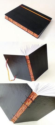 agenda 2017 com encadernação copta, e concertina em papel marmorizado. Luisa Gomes Cardoso para o Canteiro de Alfaces.