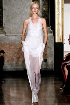 Emilio Pucci Spring 2013 RTW - Review - Fashion Week - Runway, Fashion Shows and Collections - Vogue