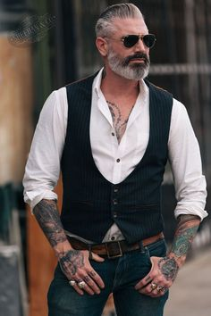 Great looking thick hair mens hairstyles thickhairmenshairstyles is part of Hipster mens fashion - Look Man, Fashion Night, Winter Fashion, Beard Styles, Sexy Men, Menswear, Fashion Trends, Fashion Guide, Fashion Men