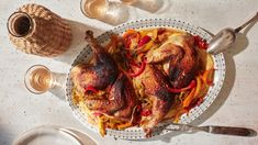 Brick Chicken with Vinegar Peppers Small Chicken, How To Cook Chicken, Duck Recipes, Chicken Recipes, Spatchcock Chicken, Stuffed Sweet Peppers, Italian Dishes, Main Dishes, Breakfast Recipes
