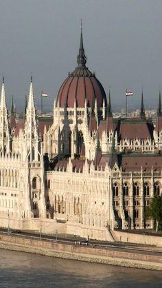 Hungarian Parliament Building, Budapest, Hungary ♥♥♥