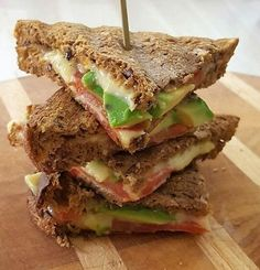 Koolhydraatarme Tosti Avocado - Powered by Breakfast Recipes, Snack Recipes, Healthy Recipes, Avocado Drink, Pita Wrap, Weight Watchers Lunches, Brunch, Go For It, Yummy Snacks