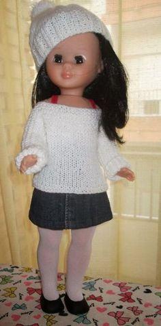 Cosiendo para Nancy, ademas de otras muñecas: Paso a paso , pantis para Tu Nancy ( o cualquier muñeca ) Vestidos Nancy, Nancy Doll, Barbie Dress, Felt Dolls, Doll Crafts, Couture, Vintage Dolls, American Girl, Doll Clothes