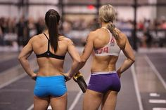 A picture of Camille Leblanc-Bazinet / Marie-Emilie Perreault . This site is a community effort to recognize the hard work of female athletes, fitness models, and bodybuilders. Crossfit Chicks, Crossfit Women, Throw Like A Girl, Girls Be Like, Body Inspiration, Fitness Inspiration, Camille Leblanc Bazinet, Crossfit Motivation, Gym Girls