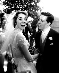 Julie Andrews marries Tony Walton, 1959....they look so happy together....