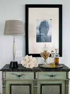 Fabulous Tips on Arranging Accessories (mantels, coffee tables, sideboards...) This is all you need to know!