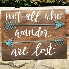 All Who Wander Are Lost - Double Arrow String Art - . Not All Who Wander Are Lost - Double Arrow String Art - Custom CalligraphyNot All Who Wander Are Lost - Double Arrow String Art - Custom Calligraphy Pallet Crafts, Pallet Art, Wood Crafts, Diy Crafts, Pallet Boards, Pallet Signs, Pallet Projects, Creation Deco, Idee Diy