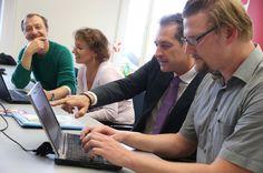 16.9.2013: Heinz-Christian Strache (FPÖ) - mit Peter Draxler (KURIER Online), Daniela Kittner (Innenpolitik), Werenfried Ressl (Social Media)