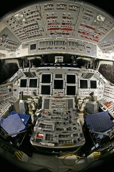 Space shuttle Endeavor flight deck is festooned with buttons Space Shuttle Missions, Nasa Missions, Apollo Missions, Spaceship Interior, Spaceship Design, Boeing 737 Cockpit, Mission Report, Flight Simulator Cockpit, Nasa Space Program
