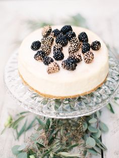 Wedding cheesecake with blackberries  www.mallorydawn.com