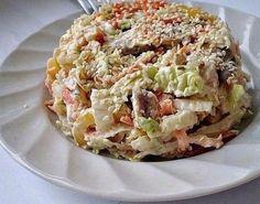 Салат с пекинской капустой «Переполох» — Любимый рецепт моей дочери! http://optim1stka.ru/2017/10/23/salat-s-pekinskoj-kapustoj-perepoloh-lyubimyj-retsept-moej-docheri/