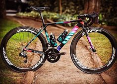 #Canyon | #zipp | #bikeporn | #cycling Via: @viktorfotomaker  #cyclingsnob