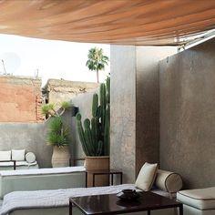 Eutral Moroccan courtyard