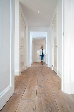 hardwood floors Pay a visit to our webpage for a whole lot more in regards to this stunning photo Style At Home, Home Renovation, Home Remodeling, Hardwood Floor Colors, Villa, My New Room, Home Fashion, My Dream Home, House Plans