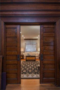 1900 Viktorianisch In Pittsburgh Pennsylvania Farmhouse Interior Doors, House, Home, Victorian Homes, Pocket Doors, Farmhouse Interior, Victorian Farmhouse, French Doors Interior, Victorian Interiors