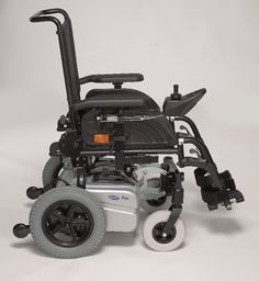 Invacare Fox * - Better Mobility>>> See it. Believe it. Do it. Watch thousands of spinal cord injury videos at SPINALpedia.com