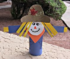Sassy Dealz: Scarecrow Toilet Paper Roll Craft For Kids (Halloween Fall Idea! Toilet Paper Roll Art, Rolled Paper Art, Toilet Paper Roll Crafts, Scarecrow Crafts, Halloween Crafts, Holiday Crafts, Scarecrows, Daycare Crafts, Preschool Crafts