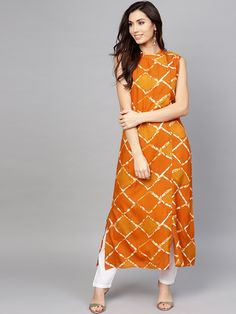 Orange and mustard yellow checked straight kurta, has a round neck with button closure, sleeveless, straight hem, multiple slits. Salwar Designs, Kurta Designs Women, Dress Neck Designs, Blouse Designs, Indian Dresses, Indian Outfits, Kurta Style, Kurta Neck Design, Indian Designer Wear