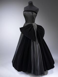 """""""Cygne Noir"""" - Christian Dior, 1949.  Found in The Victoria & Albert Museum.    What was that?  You said, """"Allie, less dresses?""""  GET OUT."""