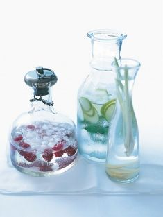 Christmas Menu - Donna Hay styles up water with fresh green apple, mint leaves, raspberries etc.