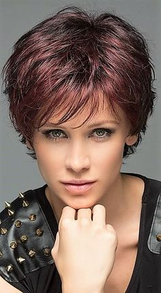 Short Curly Hairstyles For Women, Short Sassy Haircuts, Haircuts For Medium Hair, Short Hair Cuts For Women, Medium Hair Styles, Short Hair Styles, Cut Hairstyles, Shaggy Short Hair, Edgy Short Hair