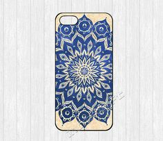 Hey, I found this really awesome Etsy listing at https://www.etsy.com/es/listing/160366318/mandala-iphone-5-casemandala-pattern