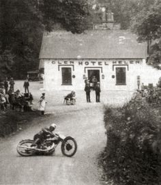 Henry Tyrell-Smith on a Rudge during the 1929 Senior event at Isle of Man TT.