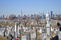 Calvary Cemetery, Woodside, Queens, NY view of Manhattan skyline. Manhattan Skyline, New York Skyline, The Killer Inside Me, Woodside Queens, Queens Nyc, Ancestry, Gotham, Empire State, San Francisco Skyline