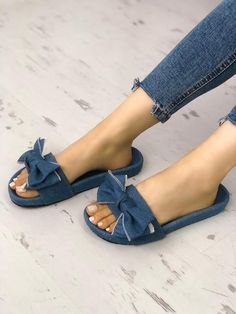 Shop Stylish Denim Bow Design Platform Sandals right now, get great deals at joyshoetique Slipper Sandals, Bow Sandals, Denim Shoes, Online Shopping Shoes, Bow Design, Beach Shoes, Fashion Sandals, Ciabatta, Couture