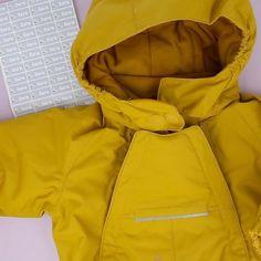 smart merking av kjeledressen Rain Jacket, Windbreaker, Jackets, Fashion, Down Jackets, Moda, La Mode, Fasion, Raincoat