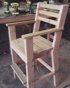 You Can Build This! Easy DIY Furniture Plans from The Design Confidential with Complete Instructions on How to Build a Shabby Chic Cottage Dining Chair via Wood Patio Furniture, Outdoor Furniture Plans, Diy Pallet Furniture, Diy Furniture Projects, Woodworking Projects Diy, Woodworking Plans, Woodworking Magazines, Woodworking Store, Woodworking Classes