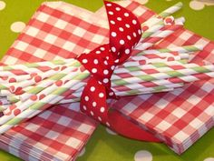 48 gingham checkered bags for $12