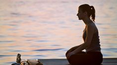 20 Scientific Reasons to Start Meditating Today: New research shows meditation boosts your health, happiness, and success! - Emma Seppälä, P. Vipassana Meditation, Relaxation Meditation, Meditation Benefits, Meditation Quotes, Meditation Music, Mindfulness Meditation, Guided Meditation, Yoga Quotes, Chakras