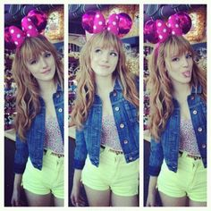 Bella Thorne she is like zendaya they dress alike because they are so adarabel.bella has a grate life.