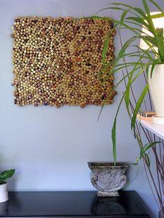 DIY wine cork wall art to craft at home. Diy Wall Art, Diy Wall Decor, Diy Art, Art Decor, Home Decoration, Wall Decorations, Bedroom Decor, Wine Craft, Wine Cork Crafts