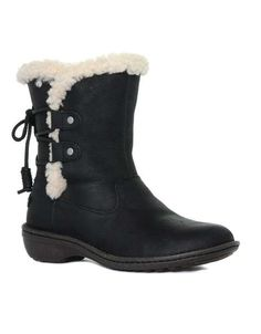 UGG Women's Akadia Leather Winter Boot. Leather Winter BootsUgg ...