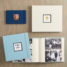 Large ivory color wedding photo album with personalization capacity up to 720 pictures sized 4 x 6.