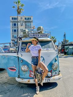 Venice Beach, buckle boots, Buckle belt, clear plastic backpack In And Out Burger, We Wear, How To Wear, Buckle Boots, Petite Women, Photo A Day, Only Fashion, Holiday Fashion, Petite Fashion