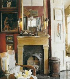 Gerald Pierce' pied-a-terre in the New Orleans French Quarter feature his double-barrel shotgun house that has been converted into a single dwelling. via Southern Accents, December, 2002 New Orleans Decor, New Orleans Homes, New Homes, Shotgun House Interior, New Orleans Architecture, Creole Cottage, California Bedroom, New Orleans French Quarter, Bedroom Fireplace